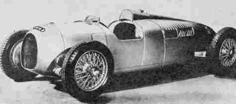 Auto-Union A - детище Ф. Порше - стал первым успешным автомобилем Grand Prix с центральным